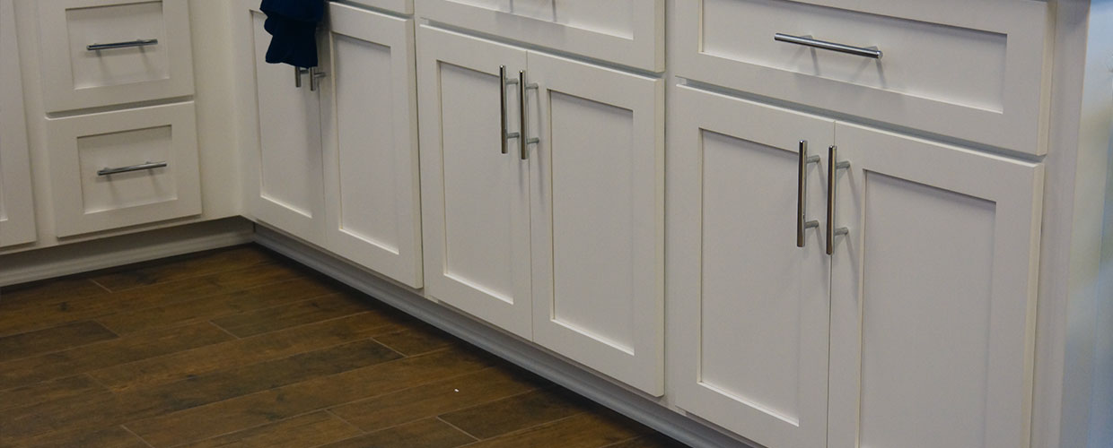 White Cabinet Refacing Shaker Cabinet Cures